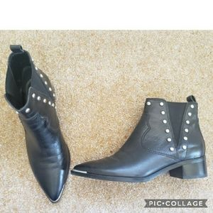 Marc fisher studded yentia booties 6.5